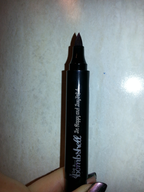 Bombshell Eyeliner in Amethyst