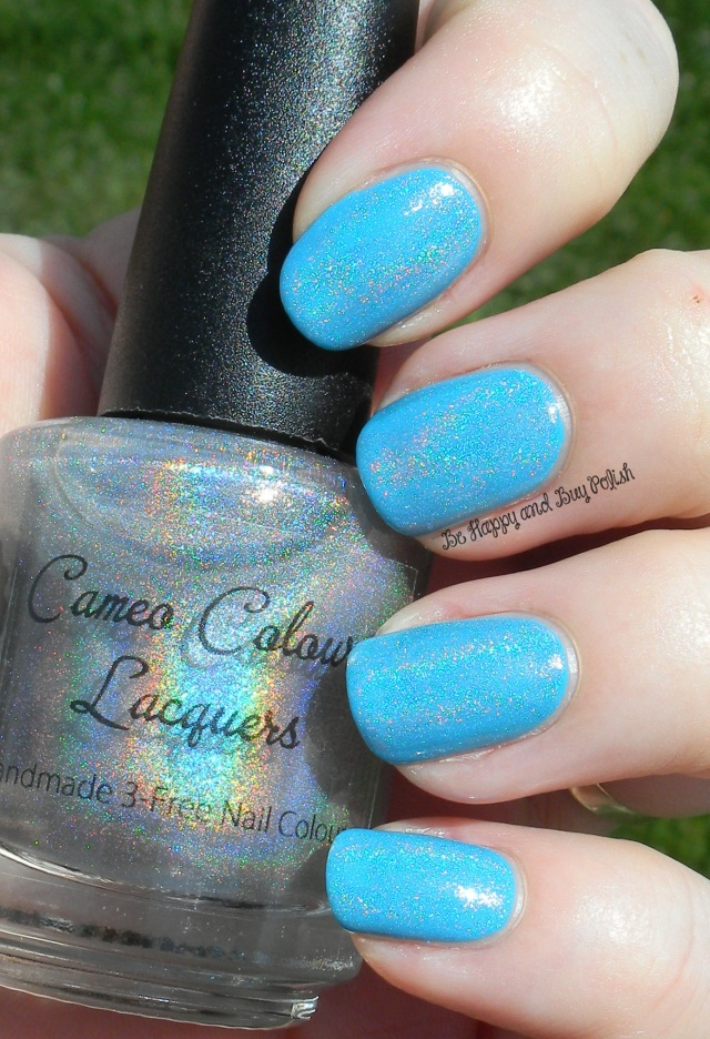 Cameo Colours Spectacular, Spectacular over Précision Nail Lacquer Surfin in Maliblue | Be Happy And Buy Polish