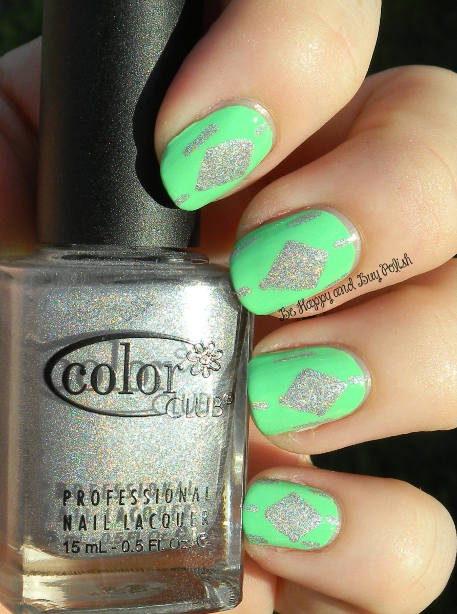 OMD2 Nail Art Challenge: Mint   Color Club Twiggie, Worth the Risque   Be Happy And Buy Polish