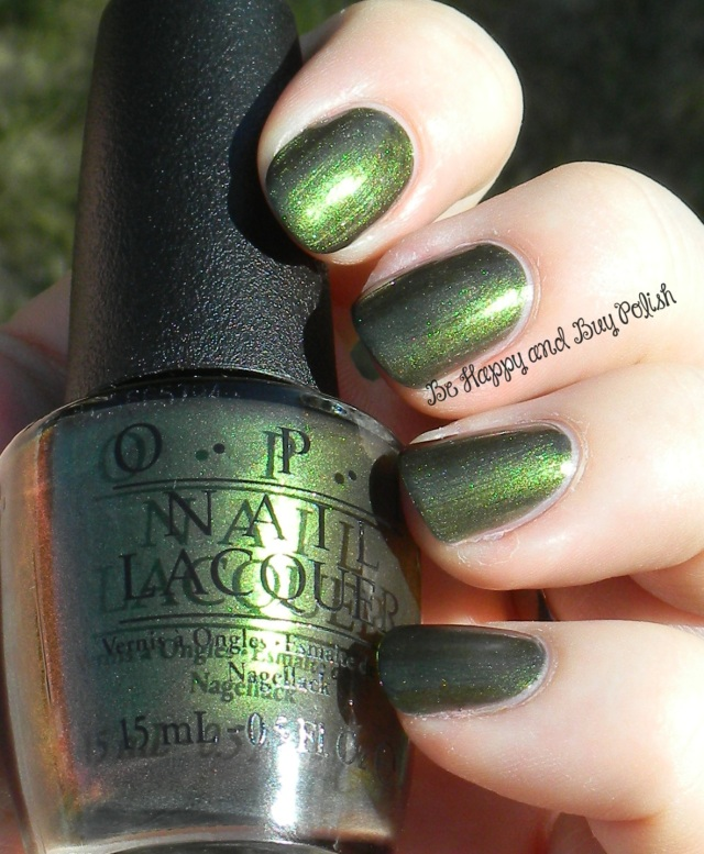 OPI Green On the Runway | Be Happy And Buy Polish