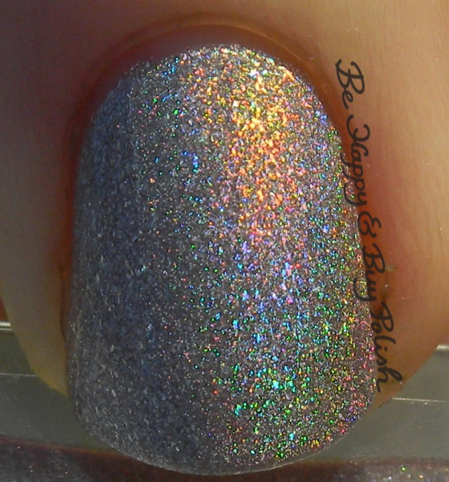 L'Oreal Masked Affair sunshot macro | Be Happy And Buy Polish