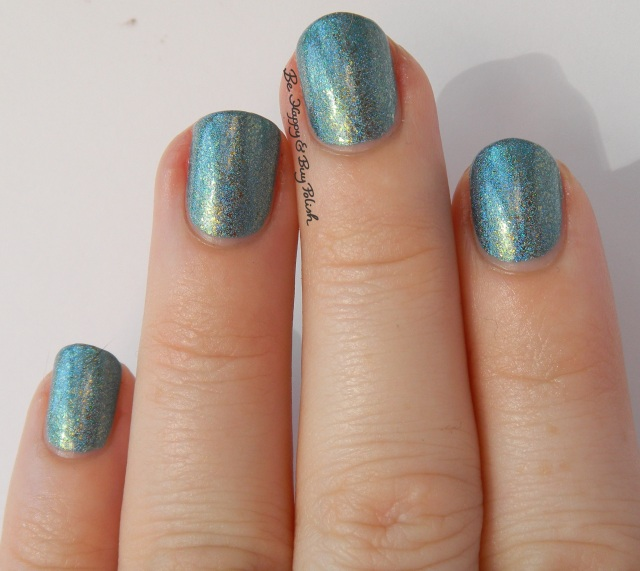 CrowsToes An Edgy Ocean Dream natural light | Be Happy And Buy Polish