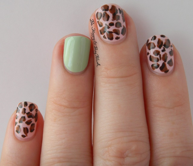 Mint and Pink Leopard Print Manicure natural light | Be Happy And Buy Polish