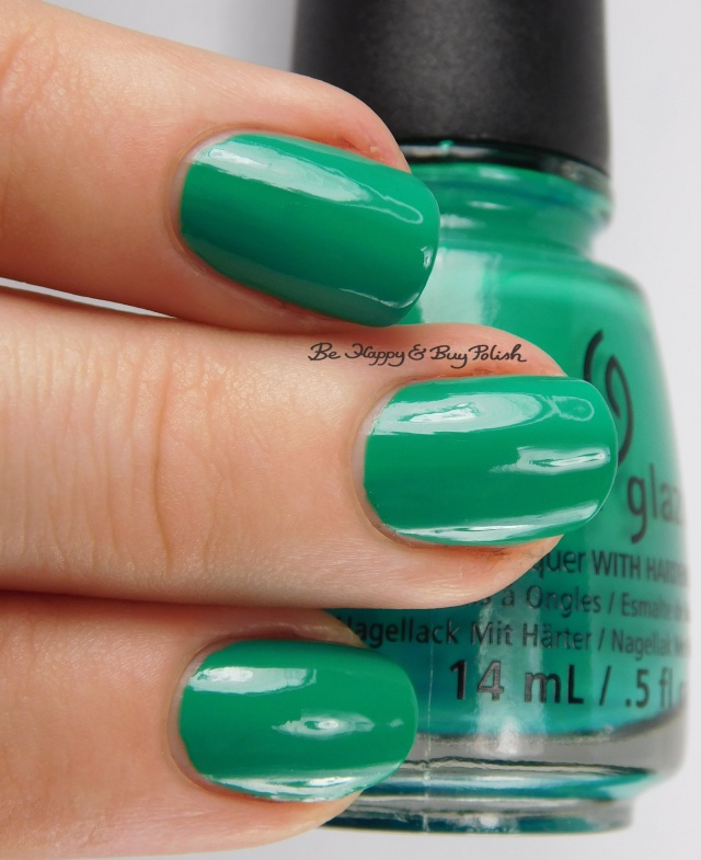 China Glaze Four Leaf Clover 3-finger pose | Be Happy And Buy Polish