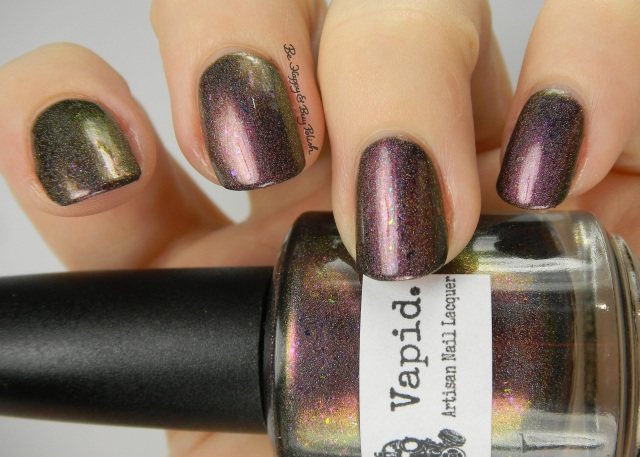 Vapid Lacquer Spellcaster color shift | Be Happy And Buy Polish
