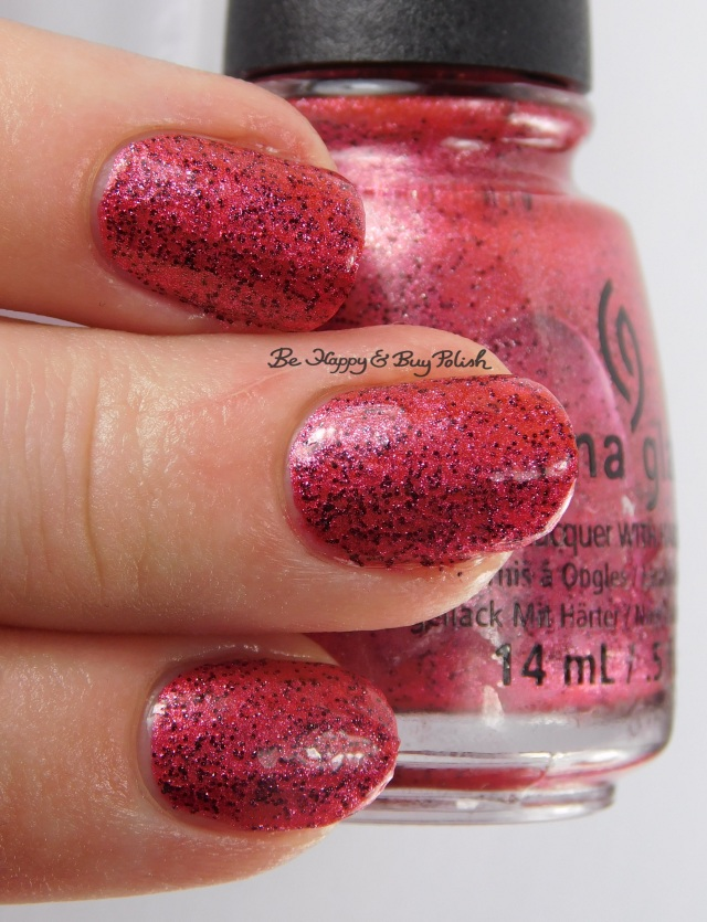 China Glaze I Love Your Guts with top coat 3-finger pose | Be Happy And Buy Polish
