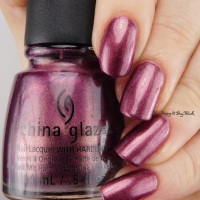 China Glaze Spontaneous, Stroll, Lasso My Heart, Strike Up a Cosmo, Bogie, and Urban Night swatches + review