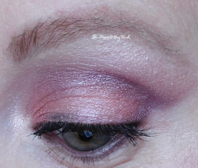 Heart And Heavy eyeshadow palette Wet N Wild | Be Happy And Buy Polish
