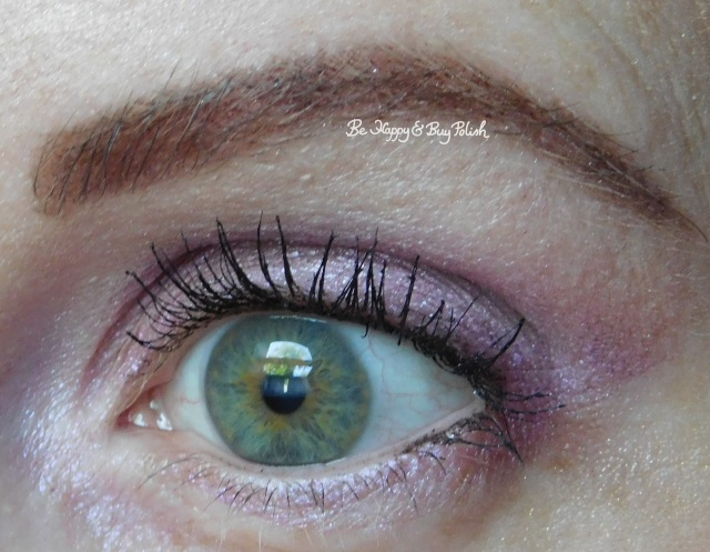 EOTD with Wet N Wild Loose Pigments Pegasus Flutter and Mythical Dreams| Be Happy And Buy Polish
