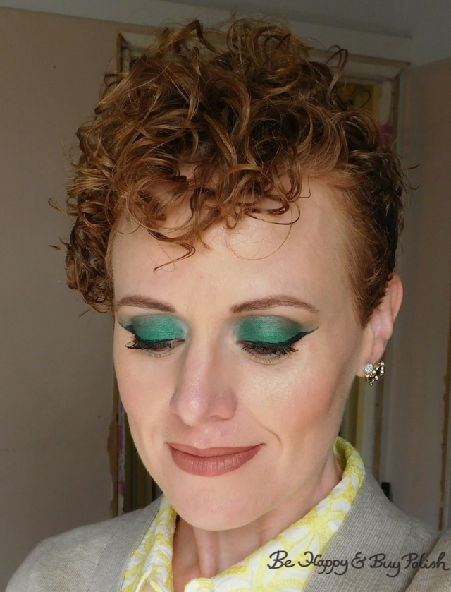 makeup for redheads with Saucebox Cosmetics Jade, Urban Decay Hatter | Be Happy And Buy Polish