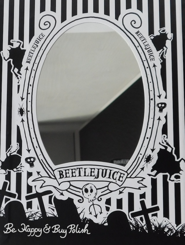 Hot Topic Handbook for the Recently Deceased eyeshadow palette inside mirror   Be Happy And Buy Polish