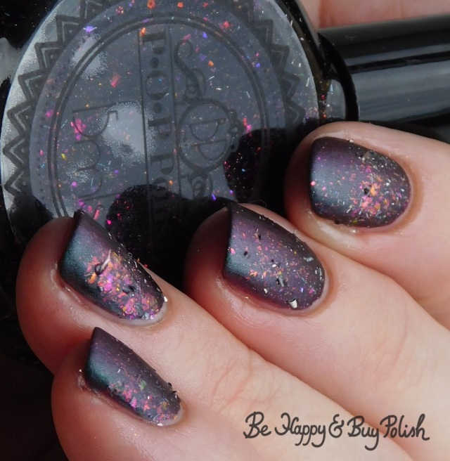 P.O.P Polish Scared Slick and Eye of Newt multichrome gradient | Be Happy And Buy Polish