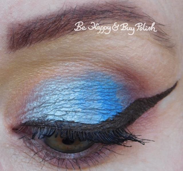 blue eyeshadow look with Urban Decay, Sanguis Draconis, Makeup Revolution, Coastal Scents close up | Be Happy And Buy Polish
