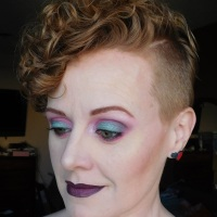 Teal and Pink Eyeshadow makeup look with Urban Decay, LA Colors, Glamour Doll Eyes, Saucebox