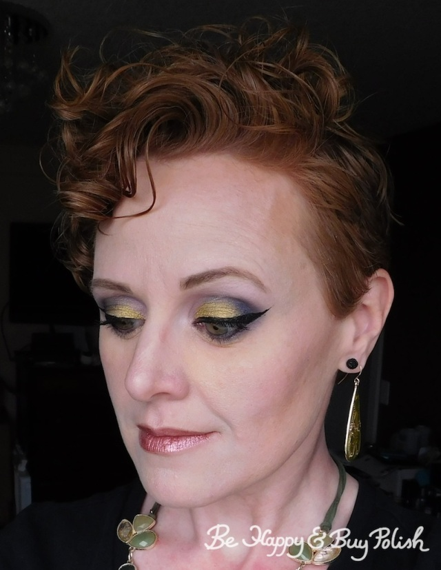 makeup look for redheads with Urban Decay Vice Palette, Saucebox Cosmetics | Be Happy And Buy Polish