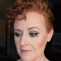 Makeup look with Lorac Pirates of the Caribbean palette and heart accent