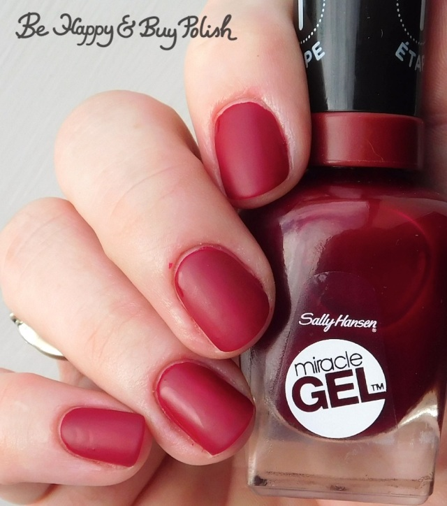 Sally Hansen Miracle Gel Can't Beat Royalty with Sally Hansen Matte Top Coat | Be Happy And Buy Polish