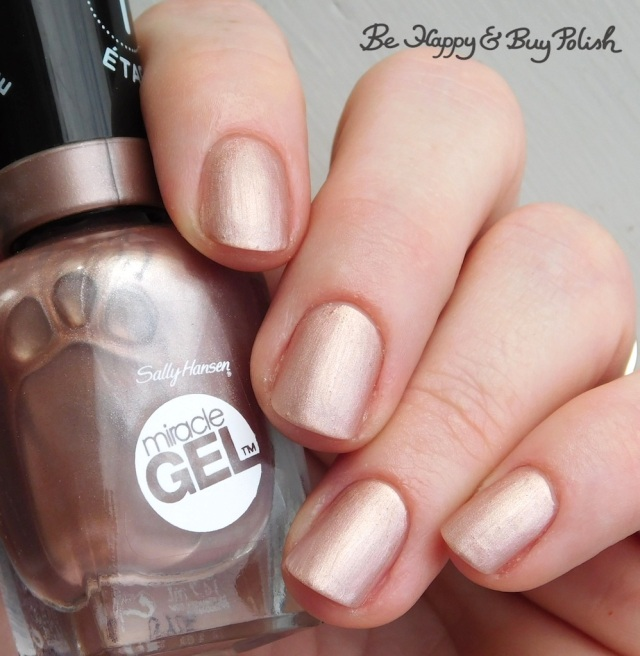 Sally Hansen Miracle Gel Out of this Pearl with Sally Hansen Matte Top Coat | Be Happy And Buy Polish