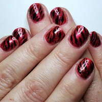 Tiger Stripe Nail Art Manicure with Sweet & Sour Lacquer How Do You Like Them Apples